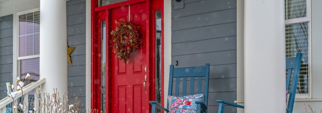 Guide to Choosing the Right Entry Door